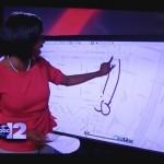 放送中、偶然にもペニスの絵を書いてしまったレポーター/Another news reporter draws penis