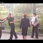 酔っ払った女のケンカが酷い in ロシア/Yet another girl fight in Russia